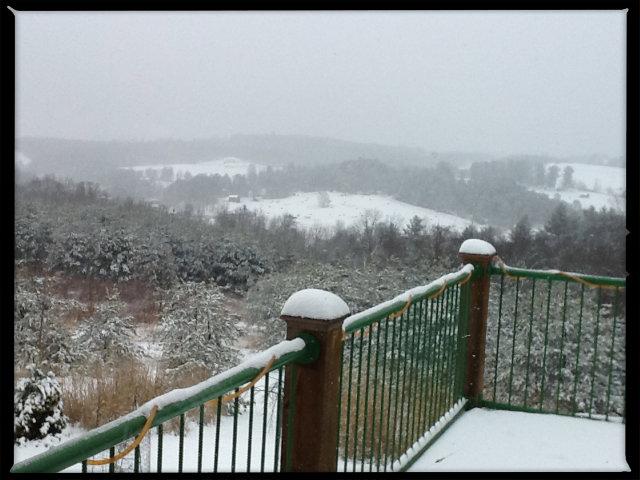 White Ridge Plateau to the northeast.