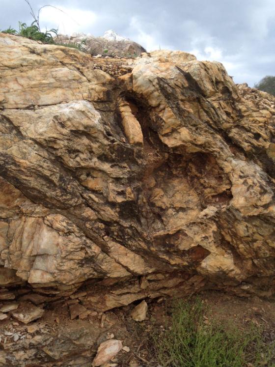 mafic rock 480