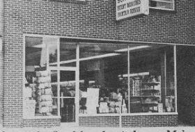 Rutrough store Aug