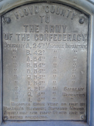 Plaque on monument to Confederate soldiers in front of Courthouse.